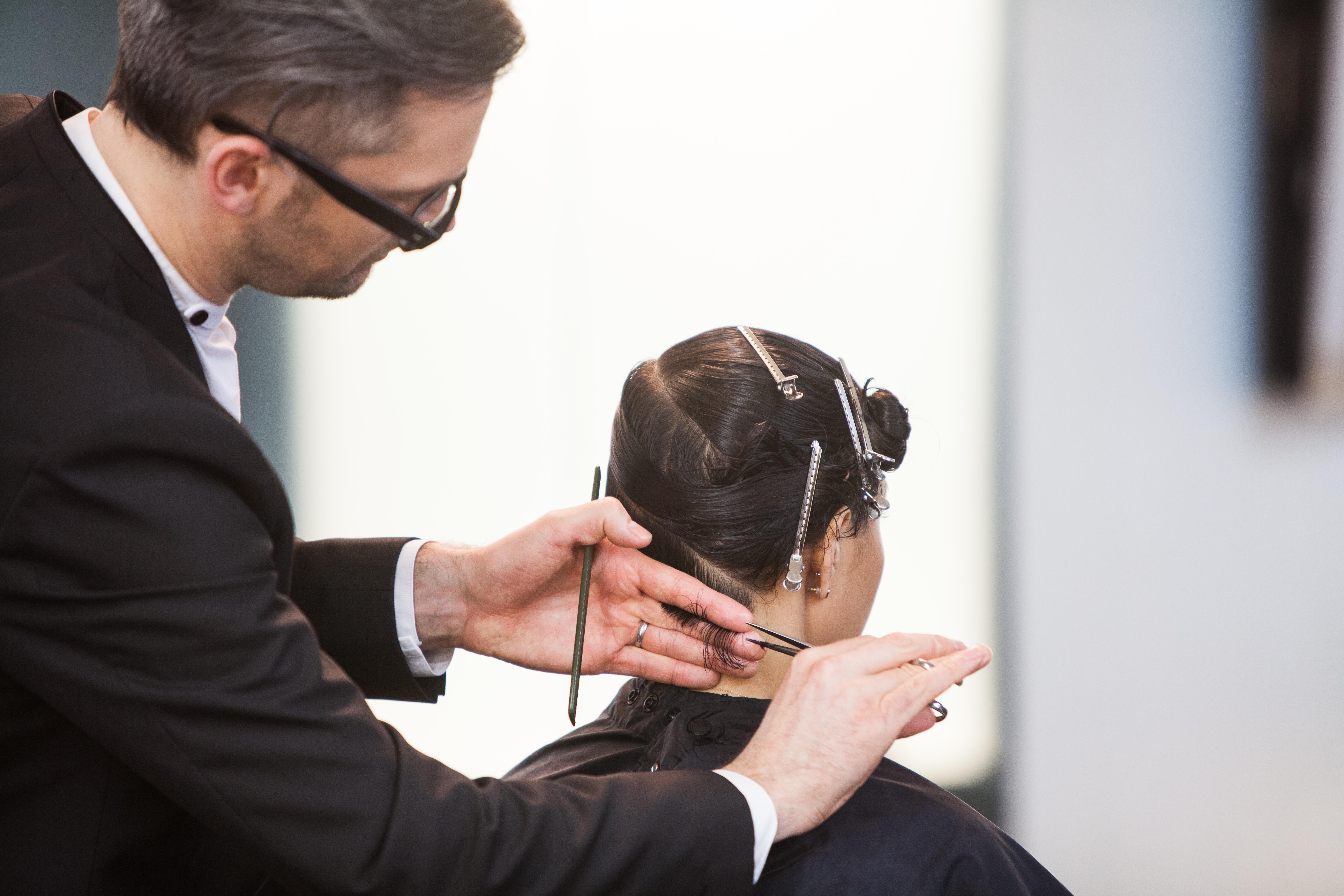 Creative haircutting with Jeremy Davies Barbala photo by www.nicholaswray.com