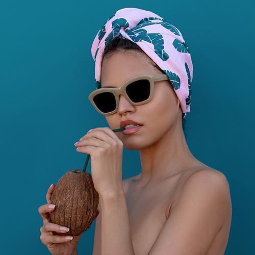 Image | Coco & Eve